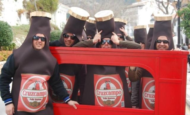 disfraz_cerveza_cruzcampo3